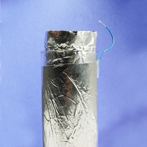 Physik Experiment zum Thema Leidener Flasche